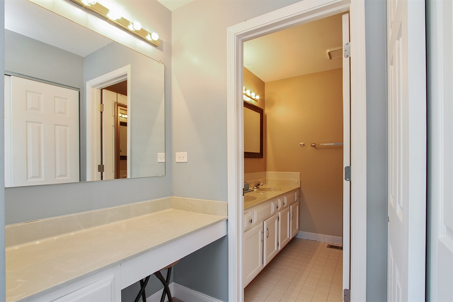 Real Estate Photography - 4291 Forest Glen Dr, Hoffman Estates, IL, 60192 - Master Bathroom