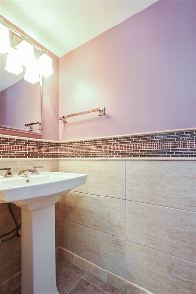 Real Estate Photography - 4291 Forest Glen Dr, Hoffman Estates, IL, 60192 - Powder Room
