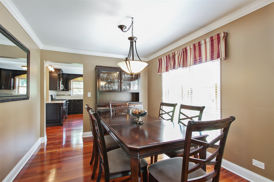 Real Estate Photography - 4291 Forest Glen Dr, Hoffman Estates, IL, 60192 - Dining Room