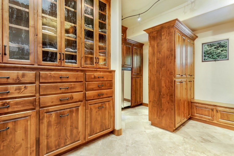 Real Estate Photography - 5183 Chelshire Downs Rd, Granite Bay, CA, 95746 - Closet