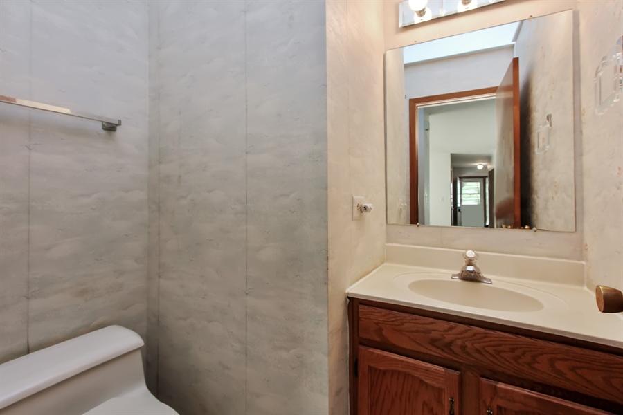 Real Estate Photography - 1182 Tracie Drive, Lake Zurich, IL, 60047 - Bathroom