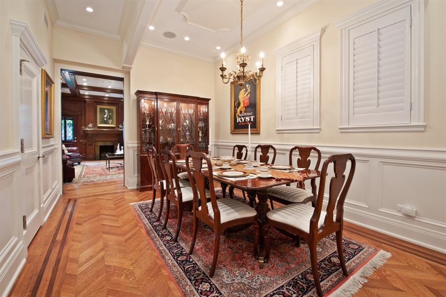 Real Estate Photography - 1433 N State Pkwy, Chicago, IL, 60610 - Dining Room