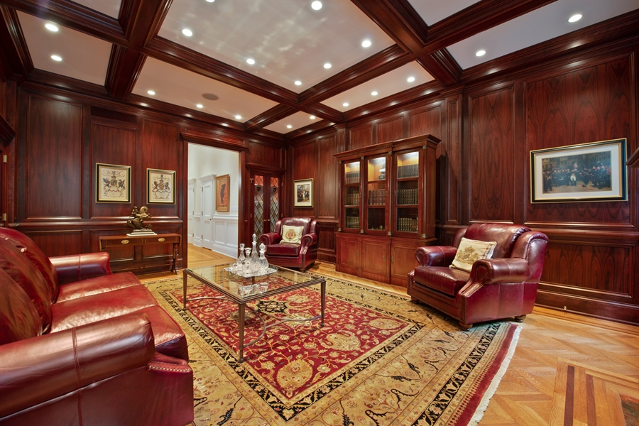 Real Estate Photography - 1433 N State Pkwy, Chicago, IL, 60610 - Family Room