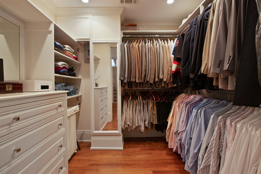 Real Estate Photography - 1433 N State Pkwy, Chicago, IL, 60610 - Master Bedroom Closet