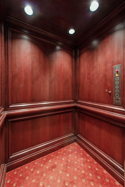 Real Estate Photography - 1433 N State Pkwy, Chicago, IL, 60610 - Elevator