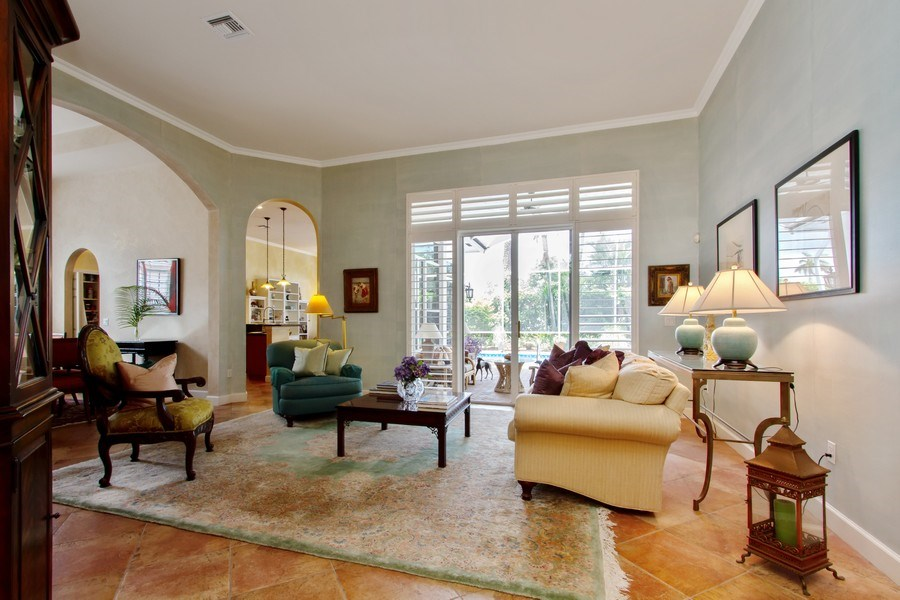 Real Estate Photography - 445 Pine Tree Court, Lake Worth, FL, 33462 - Foyer