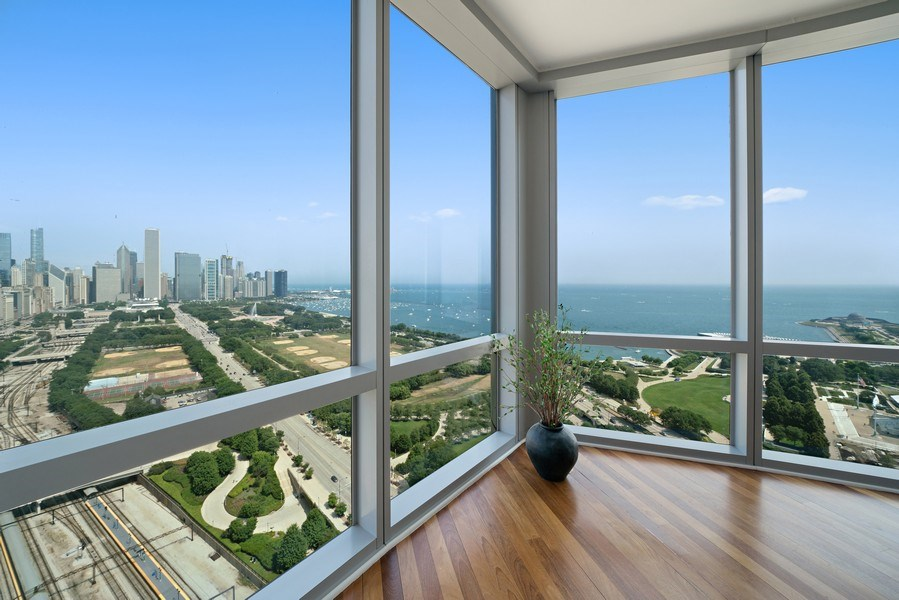 Real Estate Photography - 1211 S Prairie, Unit #3201, Chicago, IL, 60605 - North East Lake View