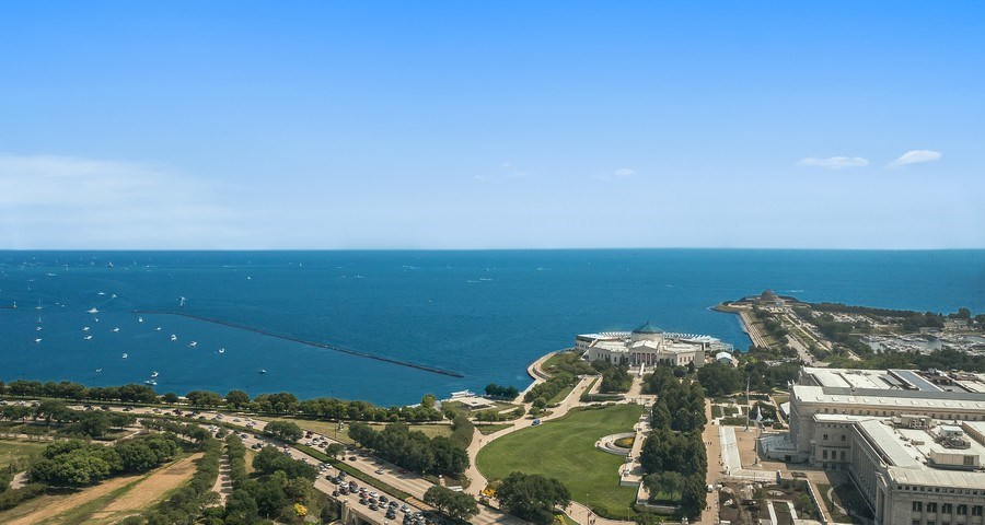 Real Estate Photography - 1211 S Prairie, Unit #3201, Chicago, IL, 60605 - East - Lake View - Museum Campus