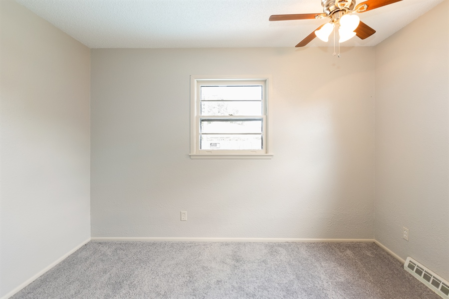 Real Estate Photography - 2102 W PAWNEE CT, WICHITA, KS, 67213 -