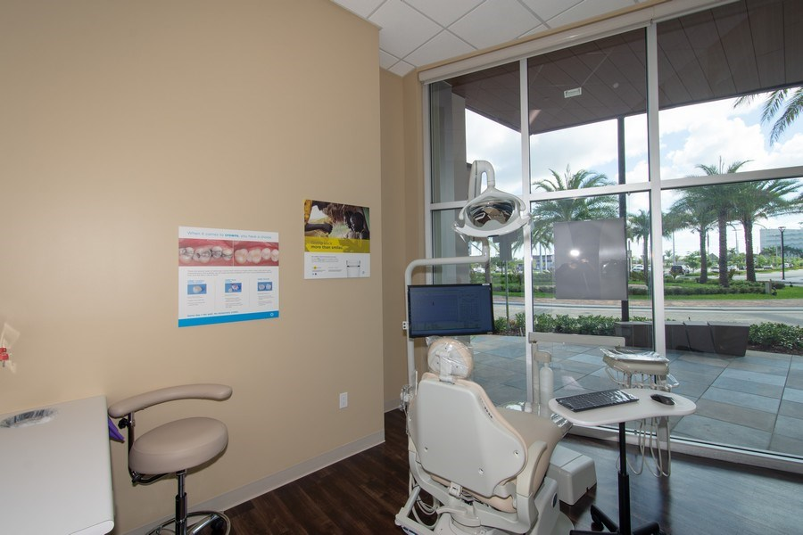 Real Estate Photography - 10430 Pines Blvd, SteC103,Dentists of Pines, Pembroke Pines, FL, 33026 - Location 1