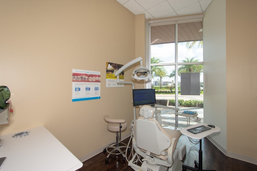 Real Estate Photography - 10430 Pines Blvd, SteC103,Dentists of Pines, Pembroke Pines, FL, 33026 - Location 2