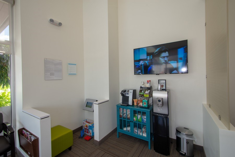 Real Estate Photography - 10430 Pines Blvd, SteC103,Dentists of Pines, Pembroke Pines, FL, 33026 - Kids Area