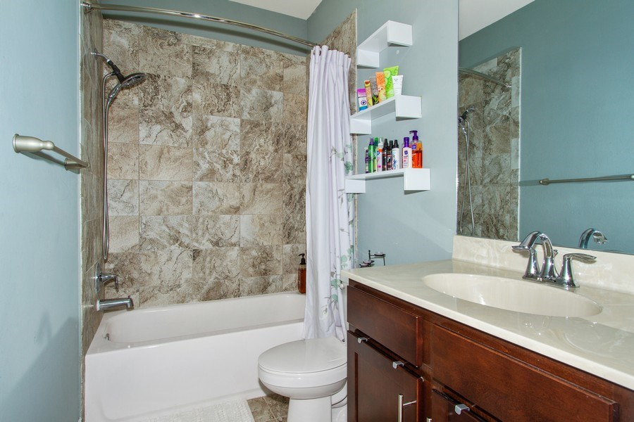 Real Estate Photography - 7701 Bristol Cir, Naples, FL, 34120 - Bathroom