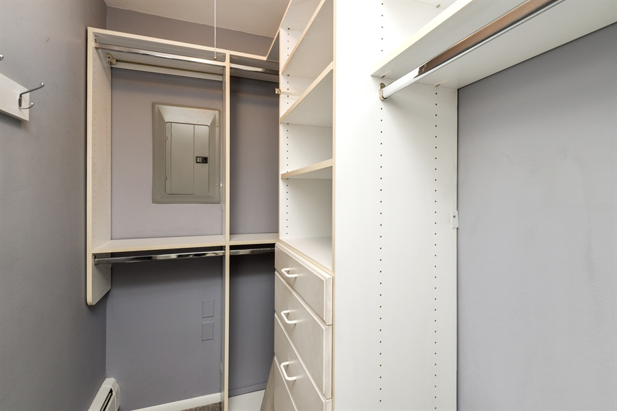 Real Estate Photography - 1344 N Dearborn Street #6A, Chicago, IL, 60610 - Closet
