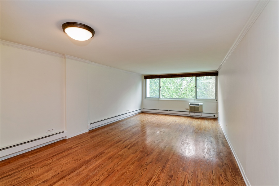 Real Estate Photography - 1344 N Dearborn Street #6A, Chicago, IL, 60610 - Living Room / Dining Room
