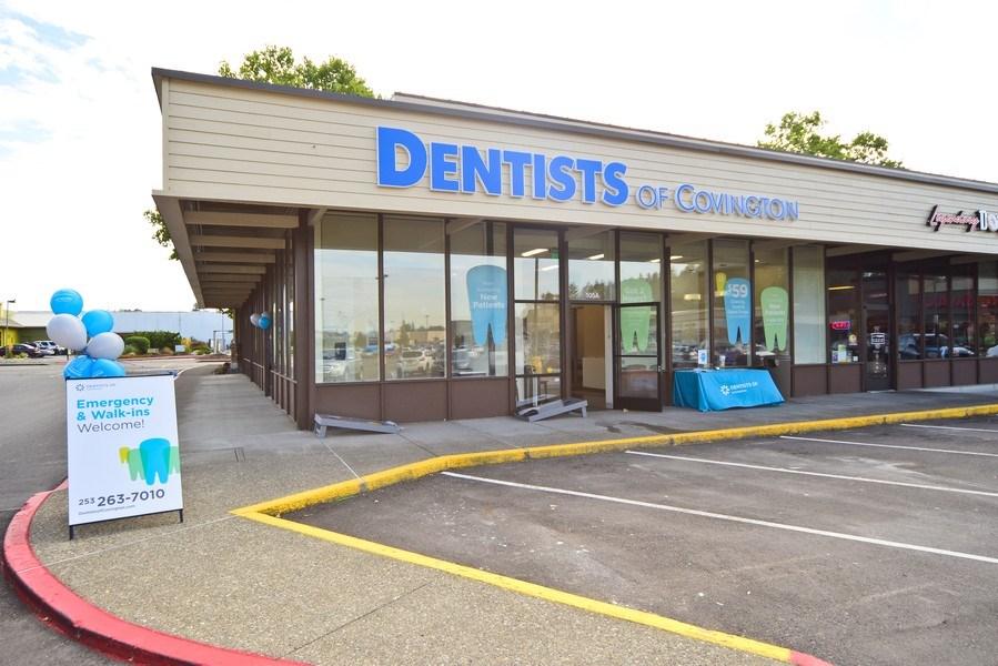 Real Estate Photography - 27237 172nd Ave SE, Ste 105A,Dentists of Covington, Covington, WA, 98042 - Entryway