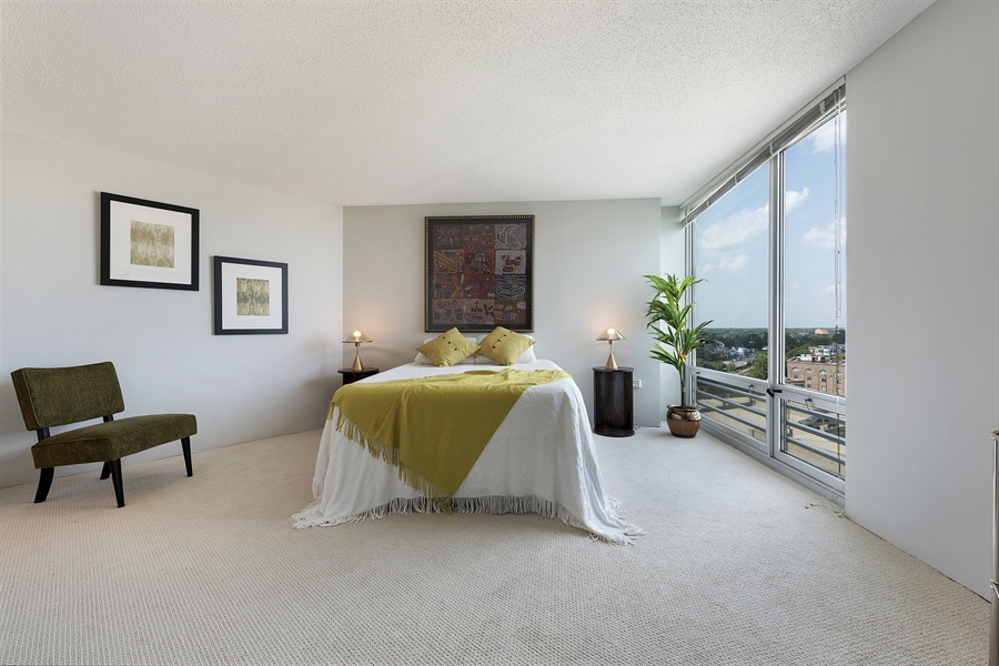Real Estate Photography - 1720 Maple, Unit 1220, Evanston, IL, 60201 - Master Bedroom