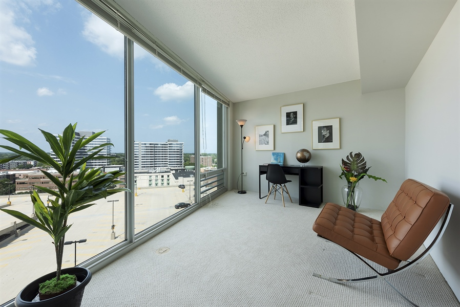 Real Estate Photography - 1720 Maple, Unit 1220, Evanston, IL, 60201 - 2nd Bedroom