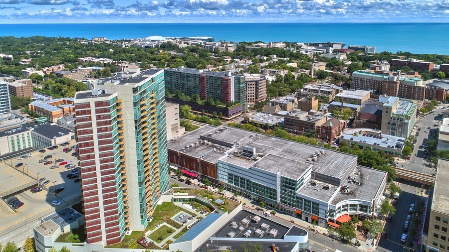 Real Estate Photography - 1720 Maple, Unit 1220, Evanston, IL, 60201 - Aerial View