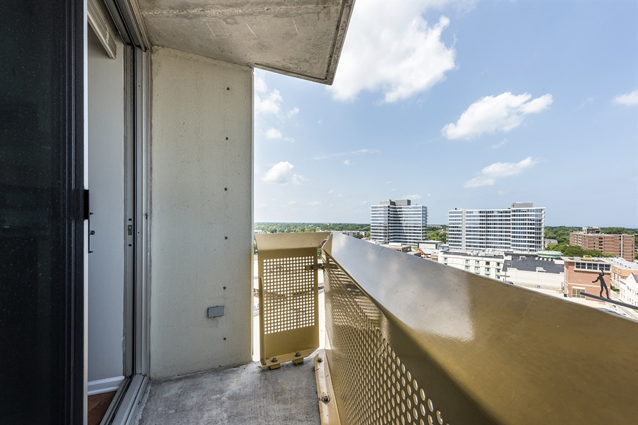 Real Estate Photography - 1720 Maple, Unit 1220, Evanston, IL, 60201 - Balcony