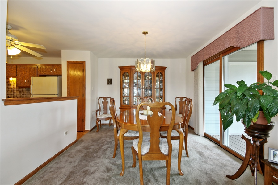 Real Estate Photography - 15627 Centennial Ct, Orland Park, IL, 60462 - Dining Room
