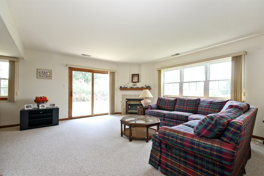Real Estate Photography - 15627 Centennial Ct, Orland Park, IL, 60462 - Family Room