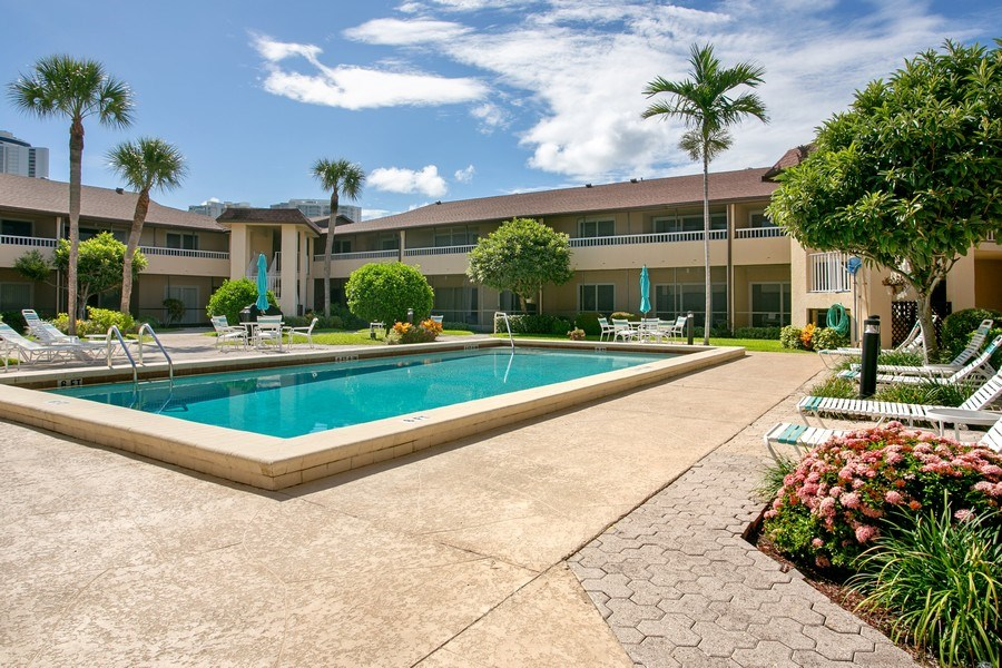 Real Estate Photography - 1100 Surf Road, Unit 106, Riviera Beach, FL, FL, 33404 - Pool