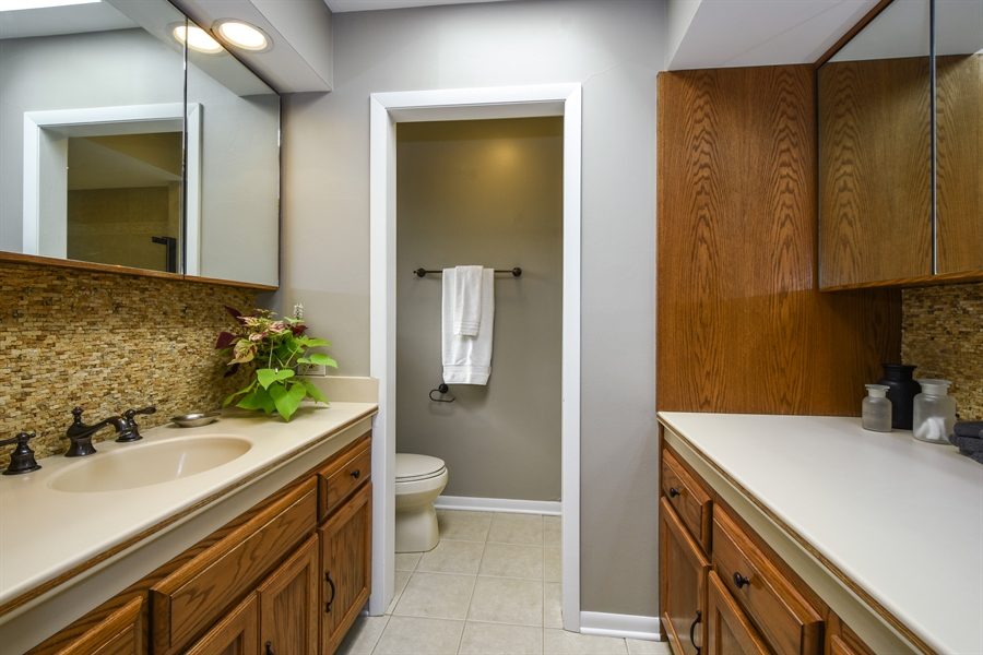 Real Estate Photography - 20943 N Heather Court, Kildeer, IL, 60047 - Master Bath