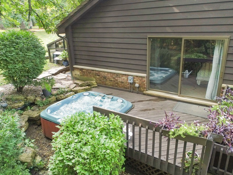 Real Estate Photography - 20943 N Heather Court, Kildeer, IL, 60047 - Deck