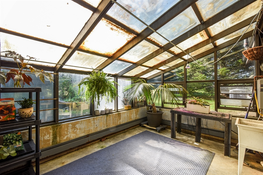 Real Estate Photography - 20943 N Heather Court, Kildeer, IL, 60047 - Atrium with Plants