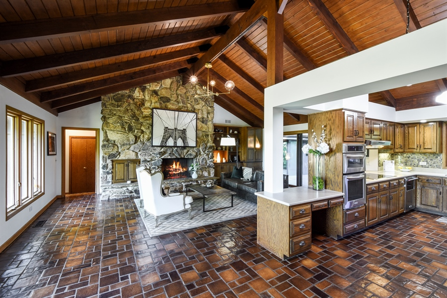 Real Estate Photography - 20943 N Heather Court, Kildeer, IL, 60047 - Eating Area