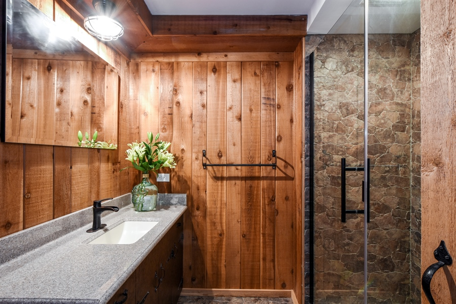 Real Estate Photography - 20943 N Heather Court, Kildeer, IL, 60047 - 2nd Bathroom