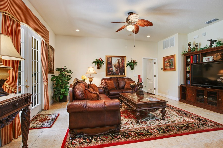 Real Estate Photography - 2614 Brookforest Dr, Wesley Chapel, FL, 33544 - Family Room