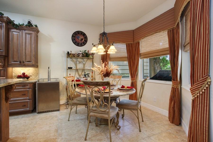 Real Estate Photography - 2614 Brookforest Dr, Wesley Chapel, FL, 33544 - Breakfast Nook