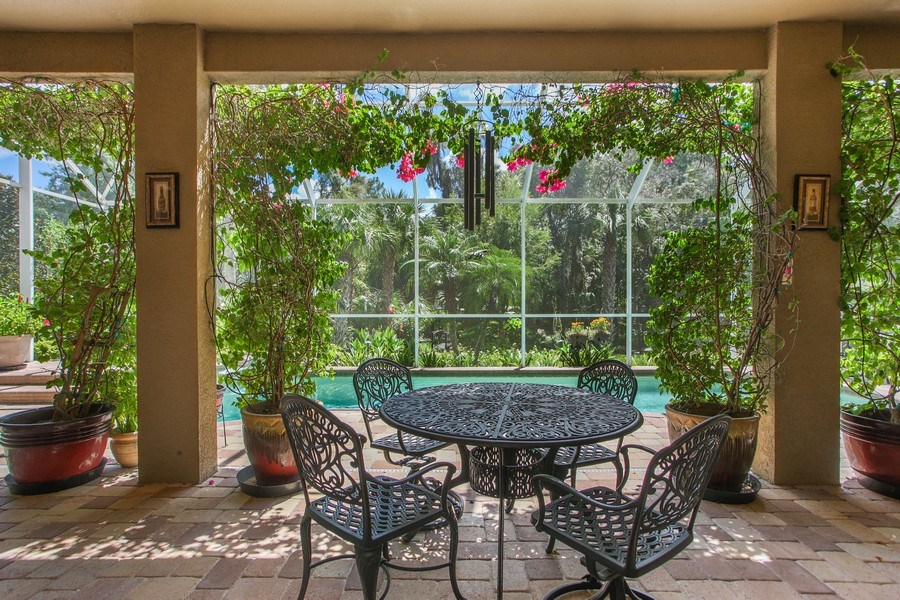 Real Estate Photography - 2614 Brookforest Dr, Wesley Chapel, FL, 33544 - Patio