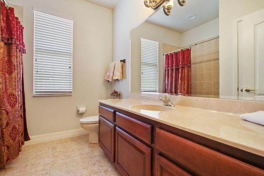 Real Estate Photography - 2614 Brookforest Dr, Wesley Chapel, FL, 33544 - 2nd Bathroom