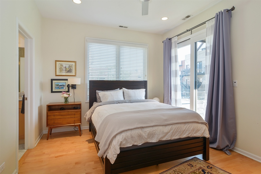 Real Estate Photography - 1637 W. Le Moyne #2, Chicago, IL, 60622 - Master Bedroom