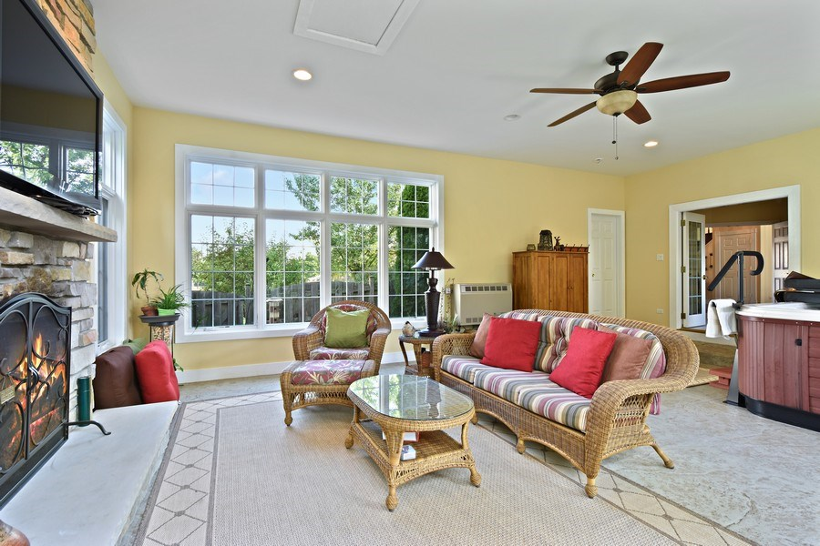 Real Estate Photography - 1074 O'Malley Court, Lake Zurich, IL, 60047 - Sunroom