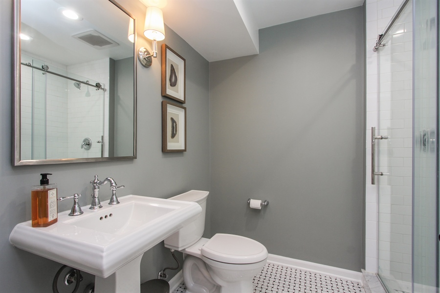 Real Estate Photography - 332 Kim Trail, Lake Zurich, IL, 60047 - 2nd Bathroom