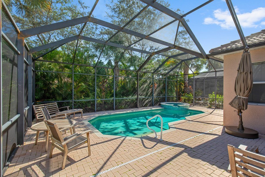 Real Estate Photography - 6136 Highwood Park Ln, Naples, FL, 34110 - Pool