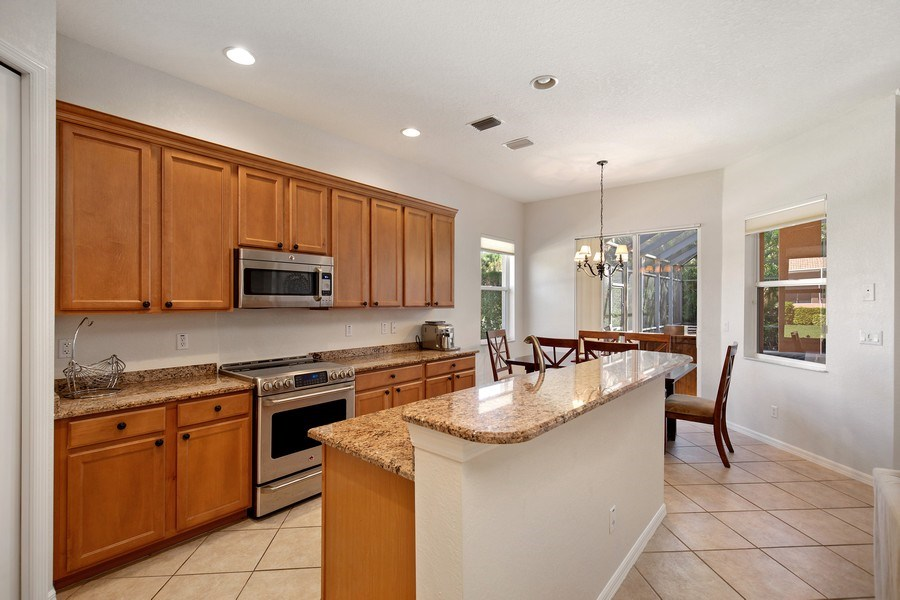 Real Estate Photography - 6136 Highwood Park Ln, Naples, FL, 34110 - Kitchen