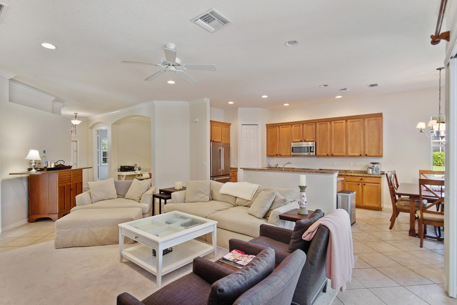 Real Estate Photography - 6136 Highwood Park Ln, Naples, FL, 34110 - Family Room / Kitchen