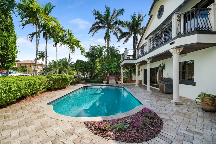 Real Estate Photography - 2641 NE 47th St, Lighthouse Point, FL, 33064 - Pool