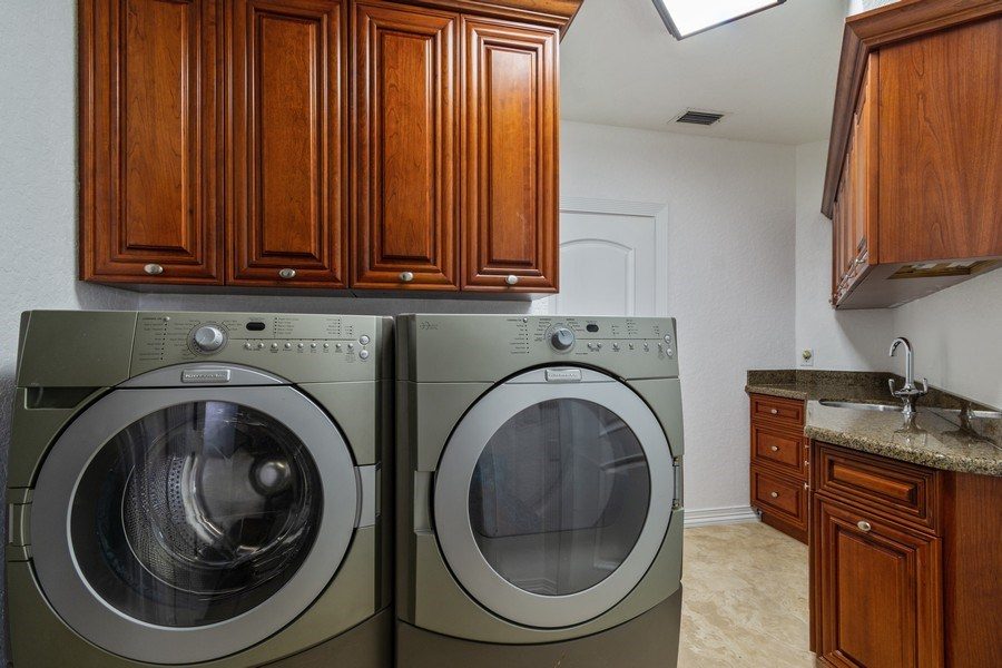 Real Estate Photography - 2641 NE 47th St, Lighthouse Point, FL, 33064 - Laundry Room