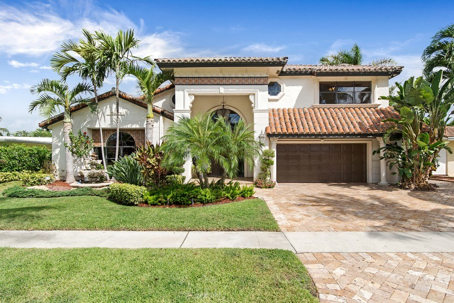 Real Estate Photography - 2641 NE 47th St, Lighthouse Point, FL, 33064 - Front View