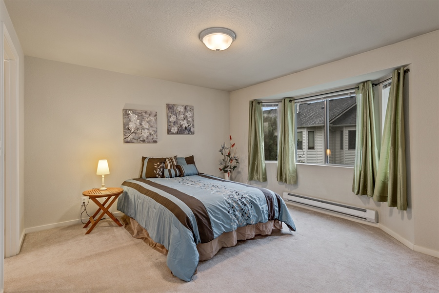 Real Estate Photography - 25812 115th Ave SE #B104, Kent, WA, 98030 - Bedroom