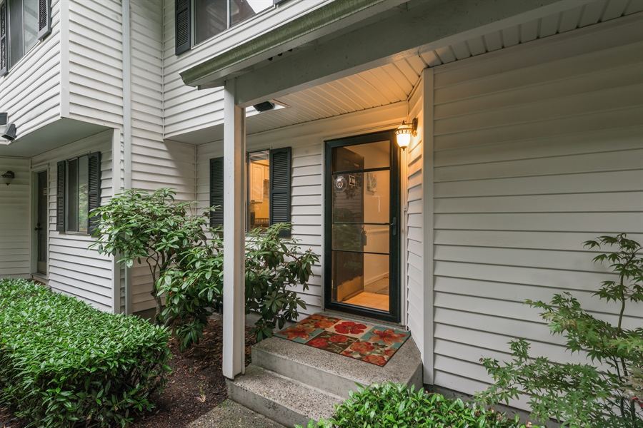 Real Estate Photography - 25812 115th Ave SE #B104, Kent, WA, 98030 - Front View