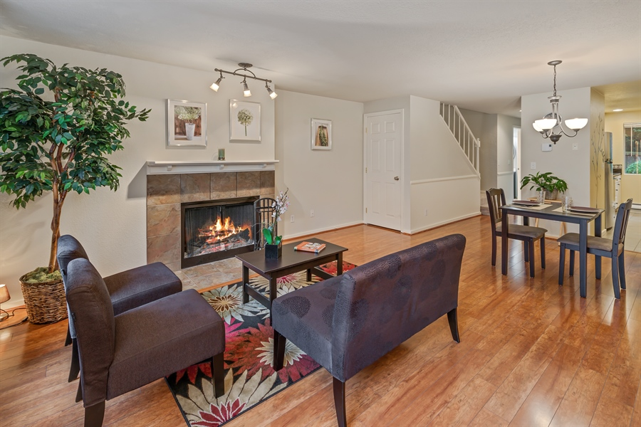Real Estate Photography - 25812 115th Ave SE #B104, Kent, WA, 98030 - Living Room/Dining Room