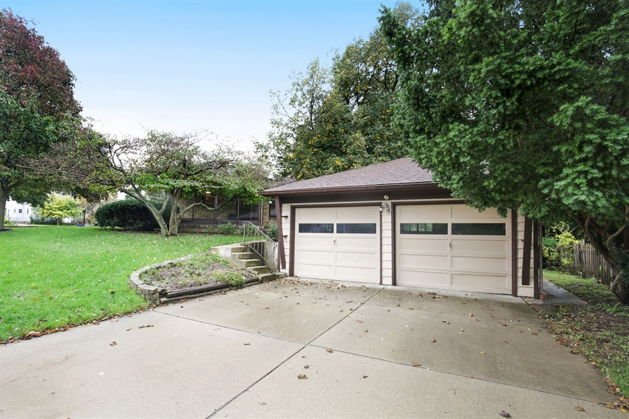 Real Estate Photography - 100 S. Alfred Ave., Elgin, IL, 60123 - Garage