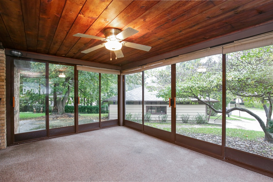 Real Estate Photography - 100 S. Alfred Ave., Elgin, IL, 60123 - Porch